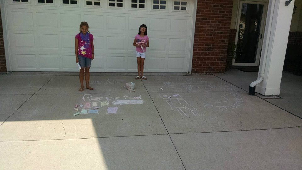 Our residents showed off their talent by designing a chalk masterpiece in front of their home. Every household that participated was entered to win a prize. The Popsicle Patrol kicked off the event by handing out polsicles to everyone who was chalking it